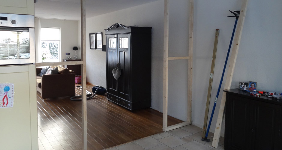 Plaatsen suitedeuren otten timmerwerk renovaties van - Keuken en woonkamer in dezelfde kamer ...